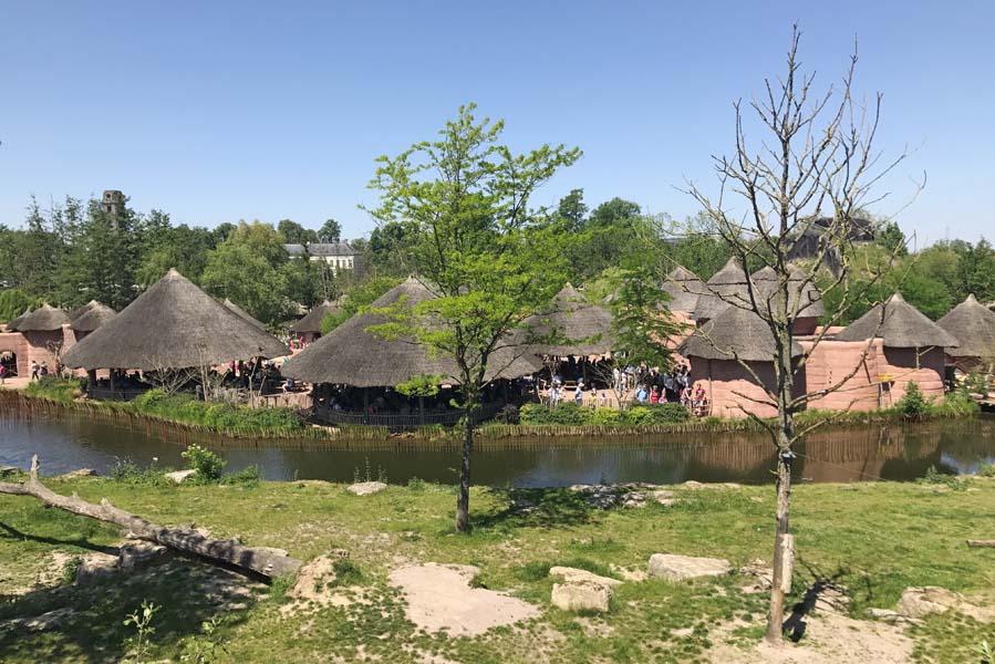 Afrikaans dorp in Pairi Daiza - AllinMam.com