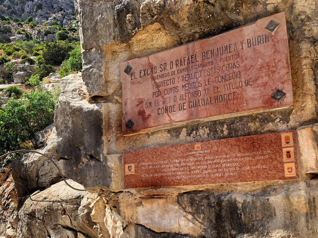 Caminito del Rey begin van de wandeling in de kloof Andalusië - Reislegende.nl