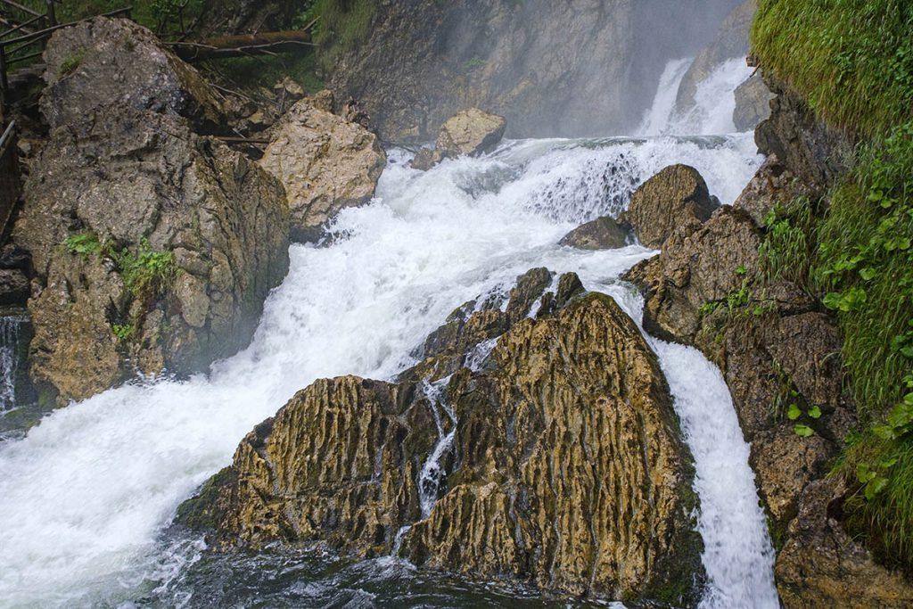 Schwarzbachfall-Höhle - Gollinger Wasserfall, sprookjesachtige plek in Salzburgerland
