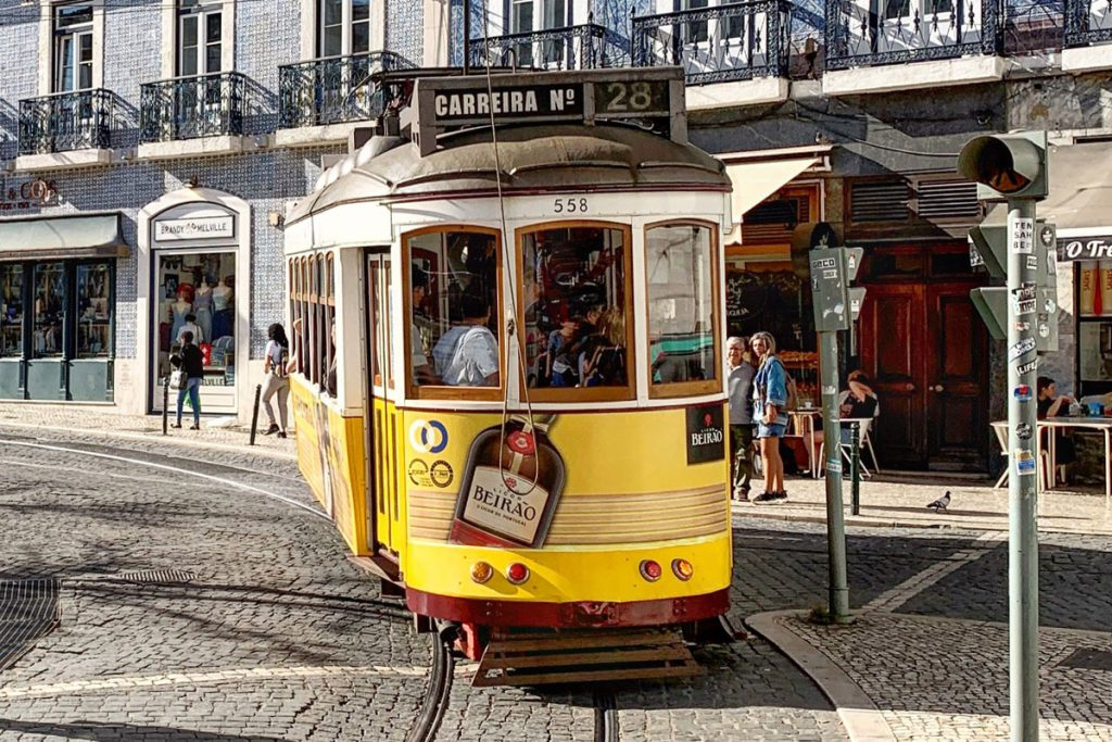 Lissabon stadswandeling door de leukste wijken - Reislegende.nl