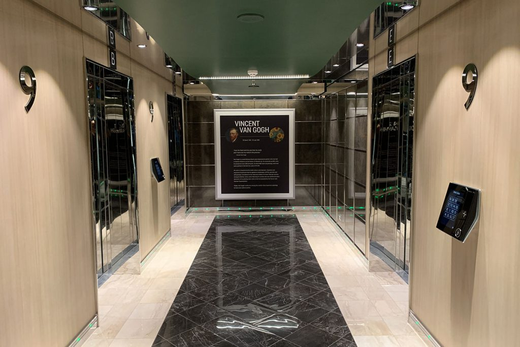 MSC Grandiosa liften portaal - Reislegende.nl