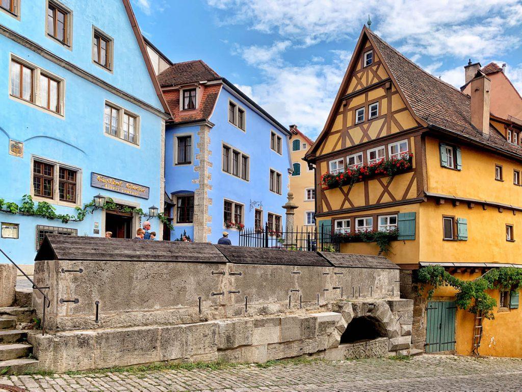 Plönlein Bezienswaardigheden in Rothenburg ob der Tauber Romantische Strasse Duitsland - Reislegende.nl