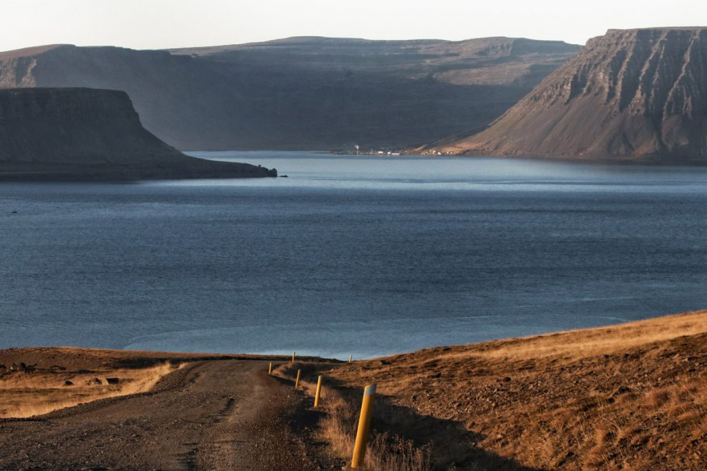 Arnarfjörður - Road 626 in IJsland: bergpas in de Westfjorden die je niet mag missen - Reislegende.nl
