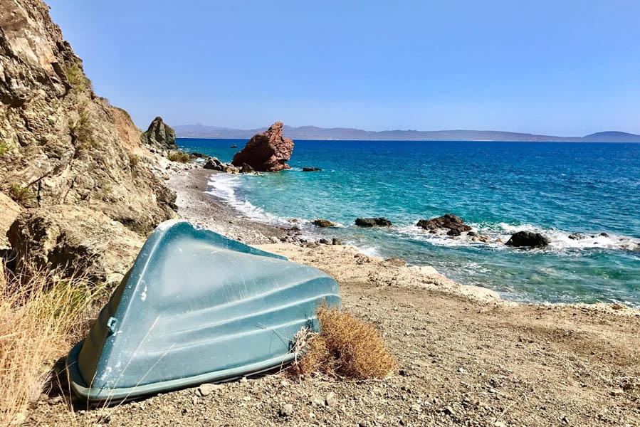 Verborgen strand op Kreta in de buurt van Agia Galini - AllinMam.com