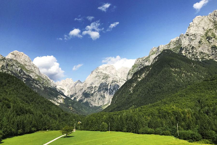 Via Predilpas van Slovenië naar Italië - AllinMam.com