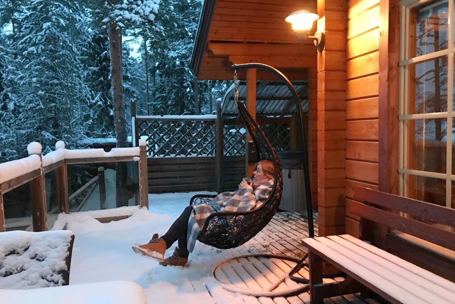 Genieten van de ochtend in Lehmonkarki resort - Finland