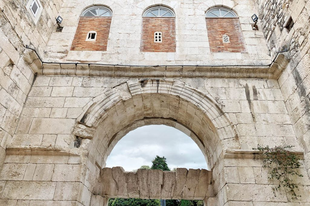 Bekijk deze Game of Thrones filmlocaties in Split - Reislegende.nl