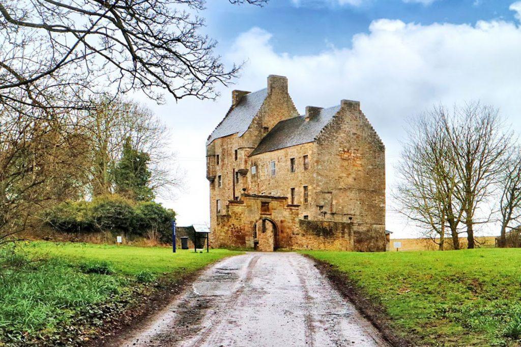 Slapen vlakbij Lallybroch uit Outlander, Midhope Castle