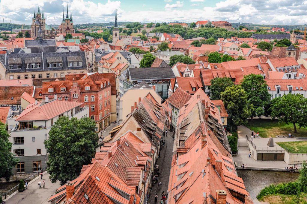 Erfurt uitzicht over Krämerbrücke Thüringen - Reislegende.nl
