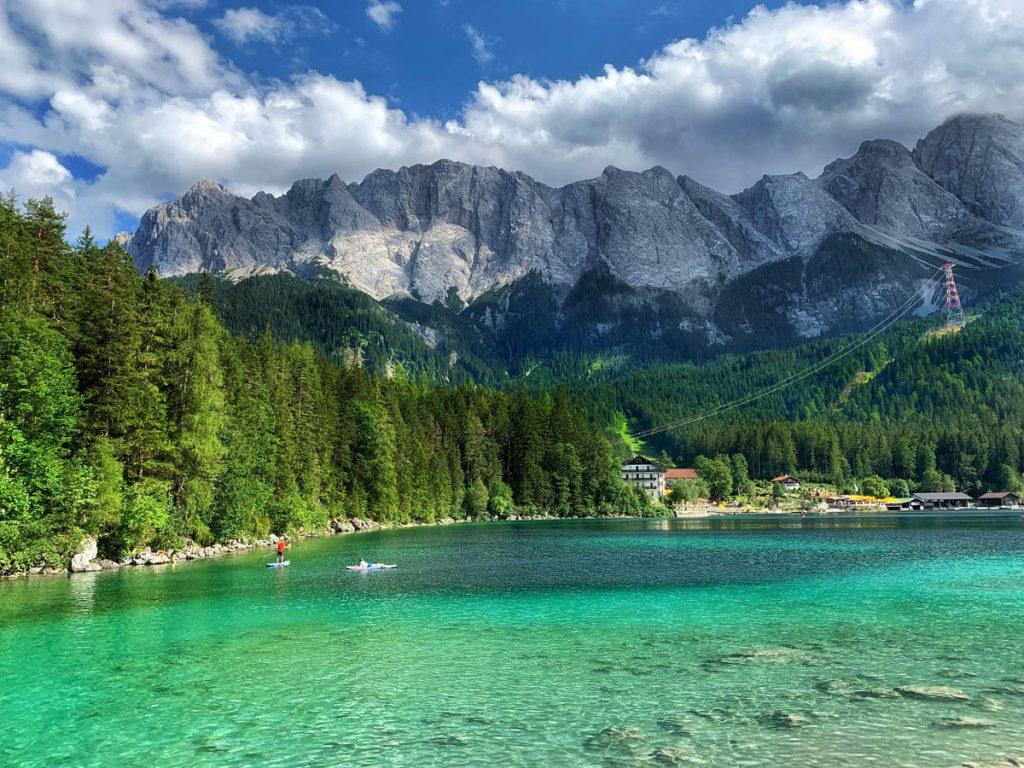 Eibsee Zugspitze Autoroute door Tirol en Vorarlberg - Reislegende.nl