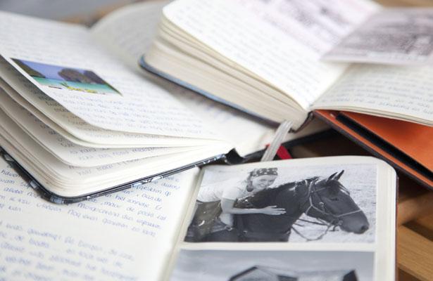 Ouderwets notitieboekje tijdens reis - Reislegende.nl