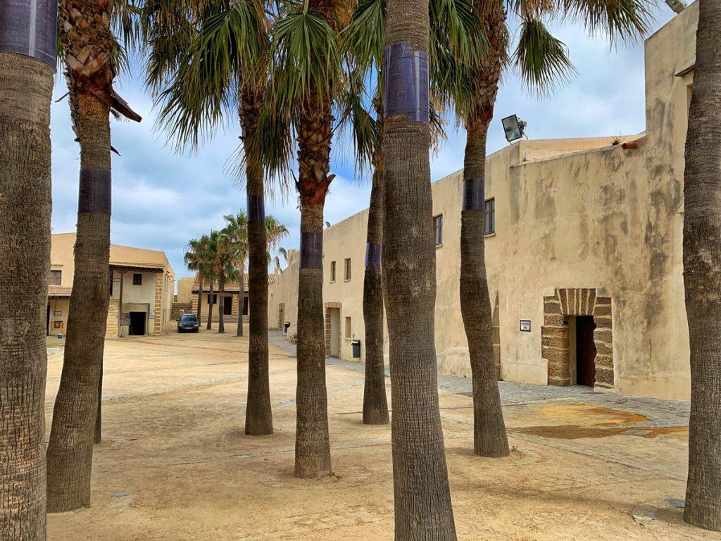 Castillo de Santa Catalina - Cadiz bezienswaardigheden en tips - Reislegende.nl