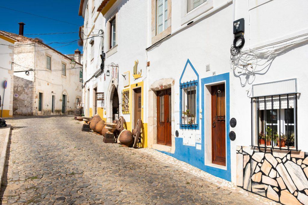 Estremoz oude bovenstad rondreis door Alentejo met de auto Portugal - Reislegende.nl