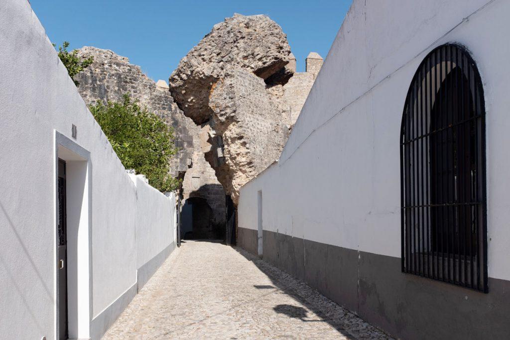 Castelo de Serpa bezienswaardigheden Alentejo Portugal - Reislegende.nl