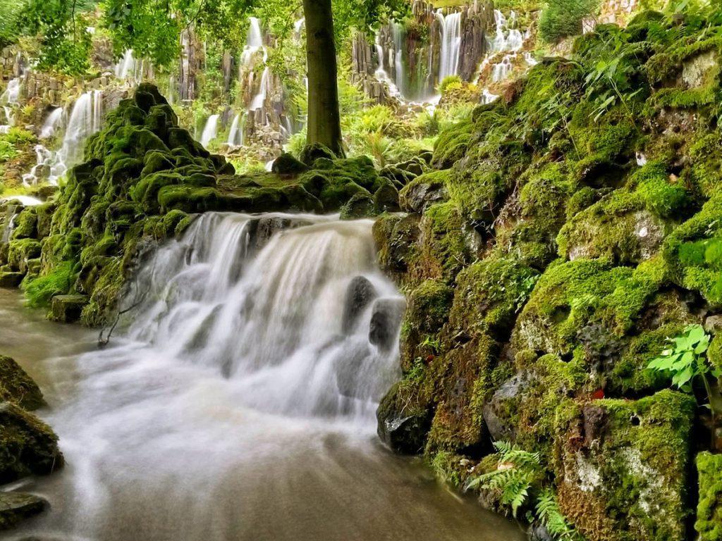 Steinhöfer Wasserfall - Waterspelen in Kassel, bergpark Wilhelmshöhe - Reislegende.nl