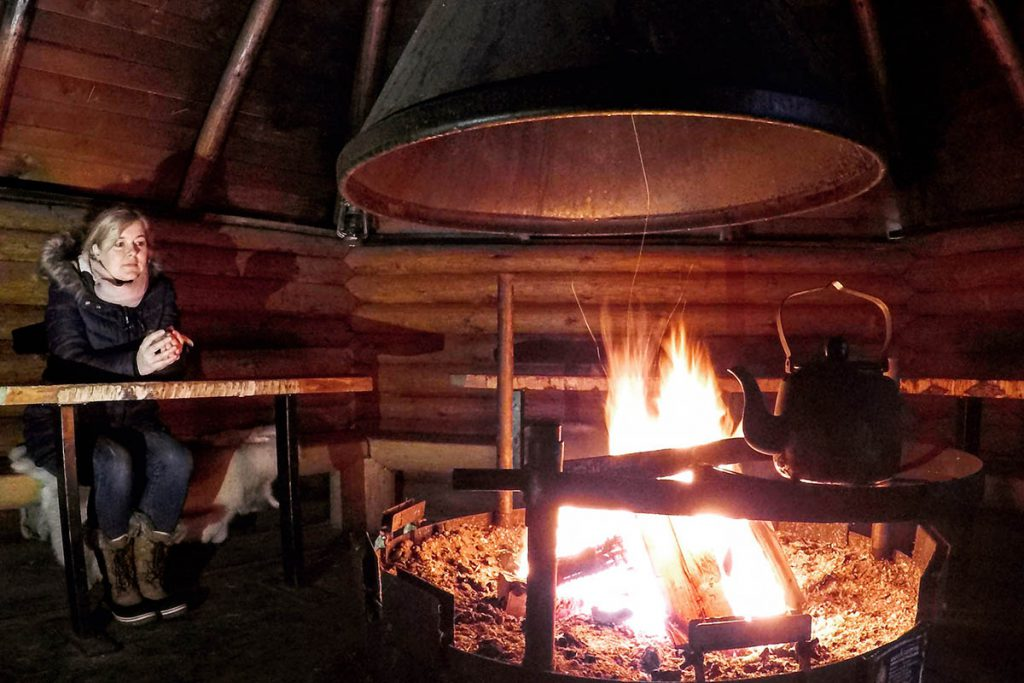 Opwarmen in een Finse kota in zuid Finland - Reislegende.nl
