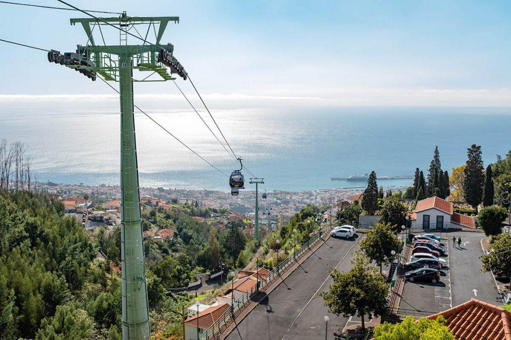 Kabelbaan Funchal - 19x wat te doen op Madeira, bezienswaardigheden en tips - Reislegende.nl