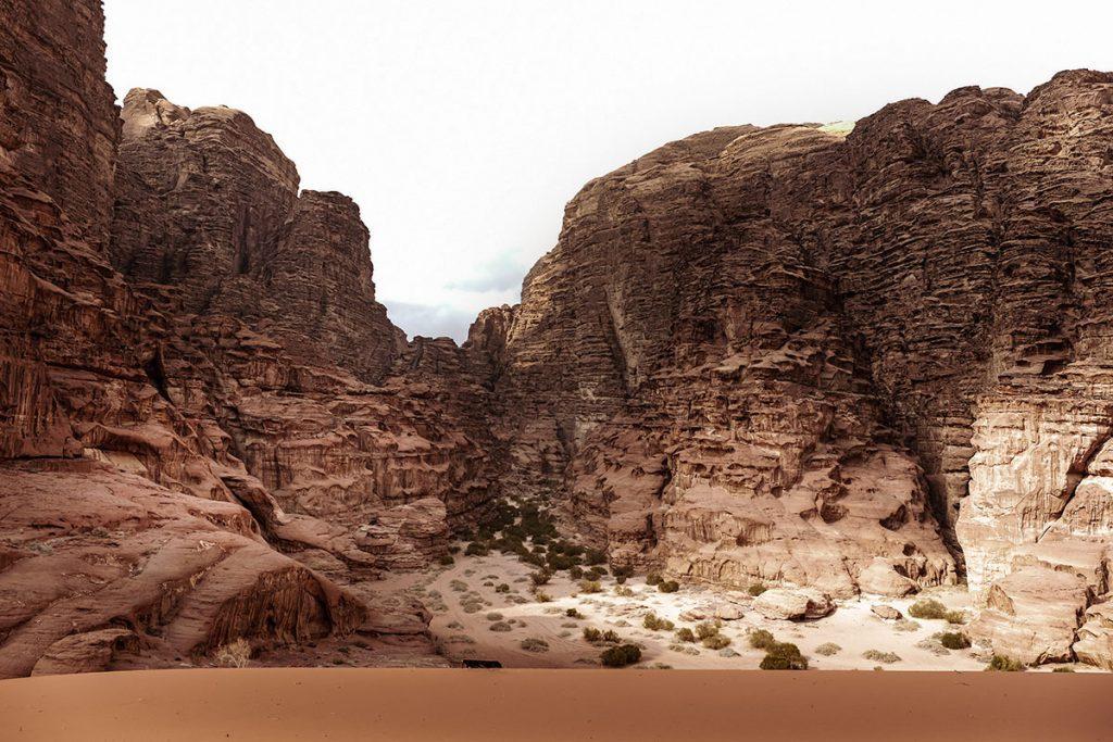 Red Sand Dunes - Wadi Rum tips en bezienswaardigheden - Reislegende.nl