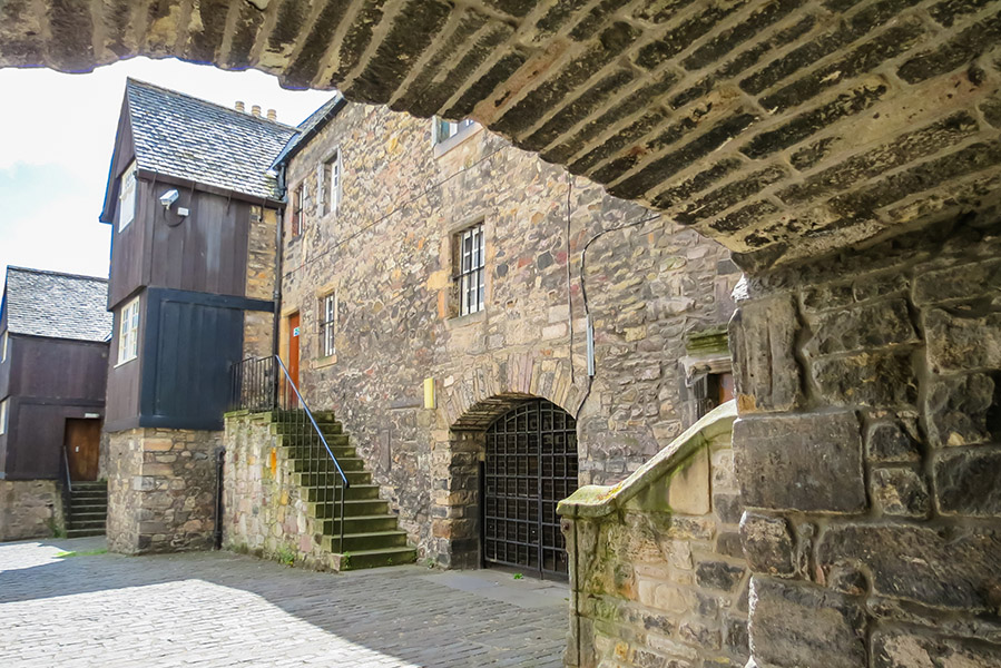 Outlander filmlocaties - Alexander Malcolm's print shop in Edinburgh - Reislegende.nl