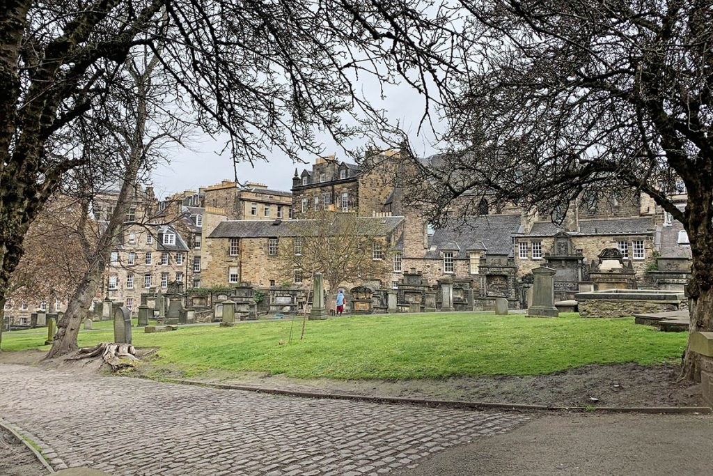 Greyfriars Kirkyard, Harry Potter locaties in Edinburgh - Reislegende.nl
