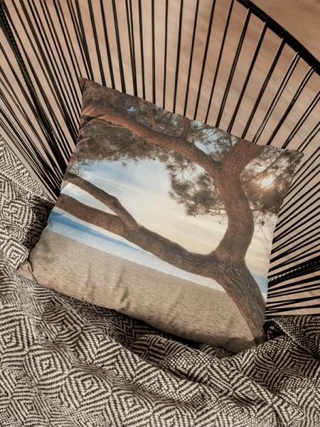 Kussen met strand en zonsondergang - Reislegende.nl