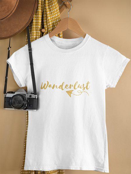 T-shirt met Wanderlust tekst - Reislegende.nl