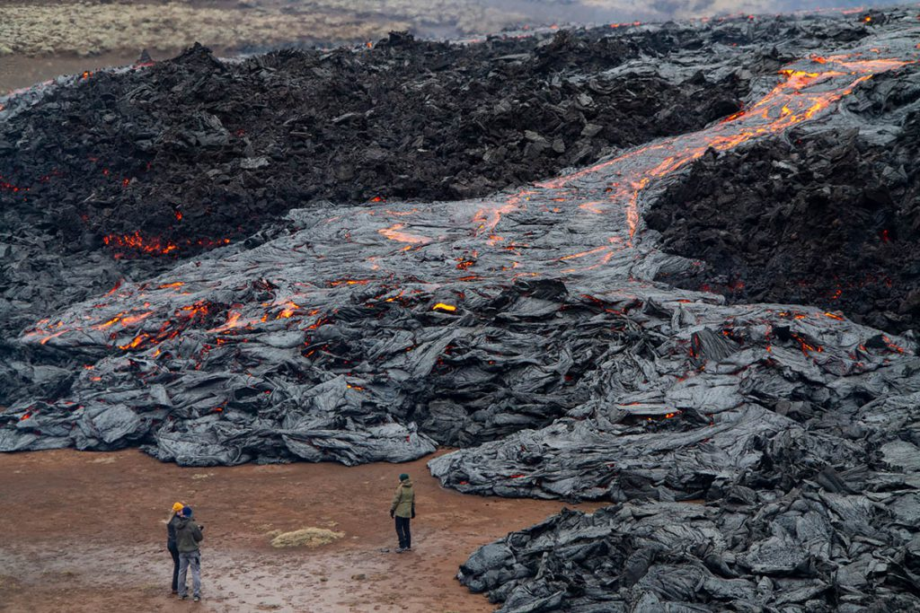 Vulkaanuitbarsting IJsland: Fagradalsfjall Geldingadalir op Reykjanes - Reislegende.nl